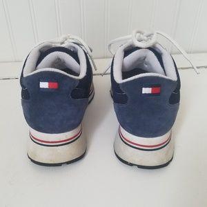 bc772ea47f0d Tommy Hilfiger Shoes - Vintage 90s Tommy Hilfiger Flag Tennis Shoes Sz. 9